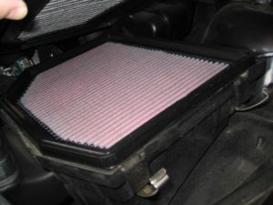 2007-2008-2009 BMW X3 3.0si - Cabin Air Filter and Engine Air Filter replacement - Coolant check procedure e83